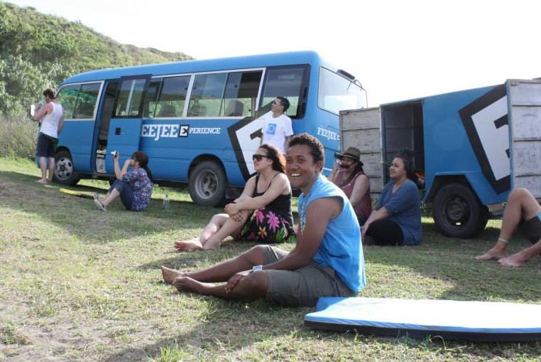 FeeJee Experience Bus